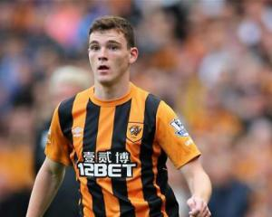 Burnley in the hunt for Tigers' Robertson
