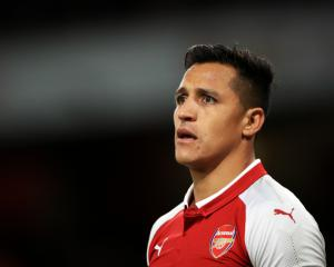 Arsene Wenger has no problem with Alexis Sanchez playing against Manchester City