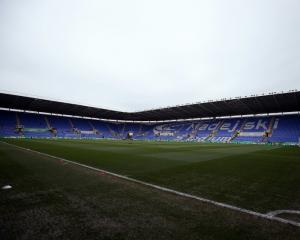 Reading takeover by Chinese investors Dai Yongge and Dai Xiu Li approved by EFL