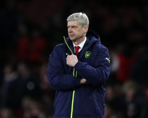 Wenger on his future: Fan views will be considered but not most important factor