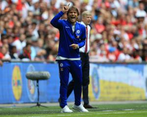 Chelsea coach Conte frustrated as Arsenal seal Community Shield success