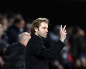 Hearts start search for new boss with Robbie Neilson bound for MK Dons