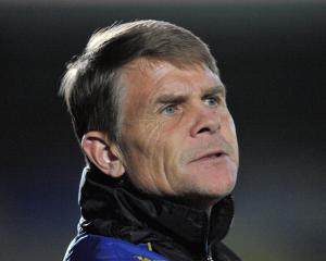 Leyton Orient sack Andy Hessenthaler after back-to-back defeats