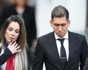 Drink-driving Liverpool forward Roberto Firmino fined and banned from wheel