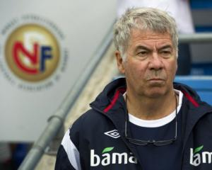 Norway coach Olsen signs 2013 deal