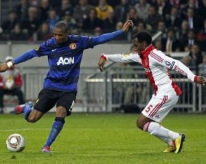 Advantage United as Ajax downed