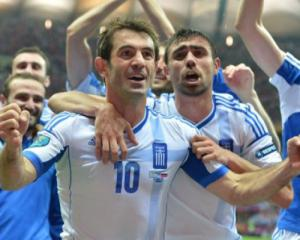 Greece, Czechs top Group A, through to Euro 2012 quarters