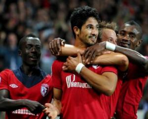 Lille lead final five into Champions League