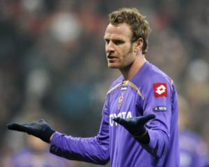 Bolognas Natali to undergo knee ligament op