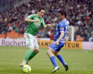 Hamouma the hero as St. Etienne go third