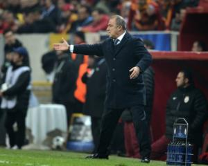 Galatasaray coach threatened with suspension