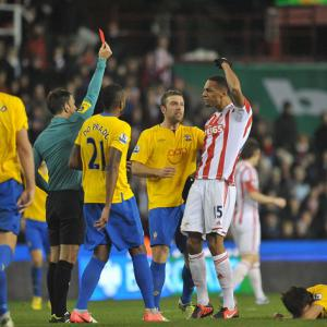 Stoke midfielder Steven Nzonzi see's red card overturned
