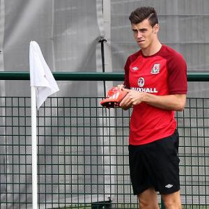 Wales boss Coleman insists Bale is not fully fit
