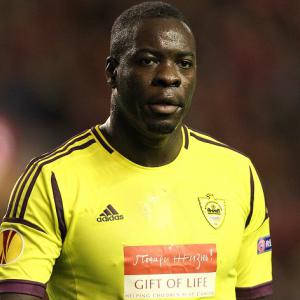 QPR make move for former Blackburn defender Samba