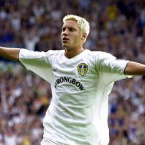 Leeds looking to swoop for former favourite sons Alan Smith and Jonathan Woodgate