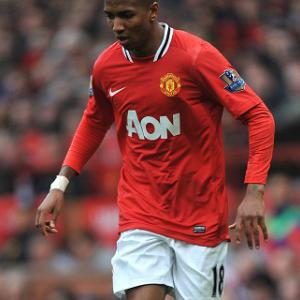 Ferguson speaks with Ashley Young on diving situation
