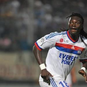 Lyon stun Lorient to reach League Cup final