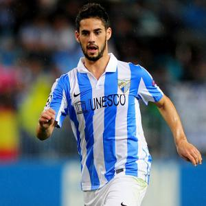 Malaga march on to the CL quarters after beating 10-man Porto