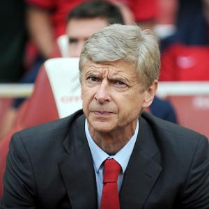 Wenger 'to keep dealings private'