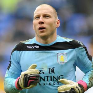 Guzan signs new Villa deal