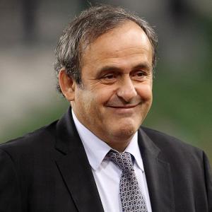 Platini to delay FIFA decision
