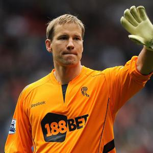 Jaaskelainen agrees West Ham move