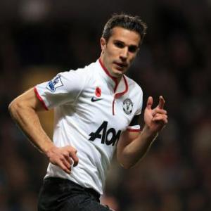 Van Persie hailed as model striker