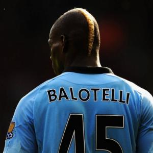 Mario Balotelli linked with PSG move