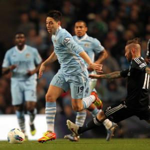 Nasri wants United to keep winning to set up title decider