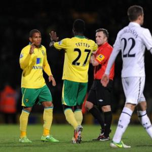Norwich 2-1 Tottenham: Report