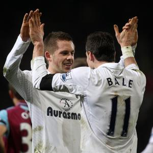 Gylfi Sigurdsson urges Tottenham Hotspur to keep battling
