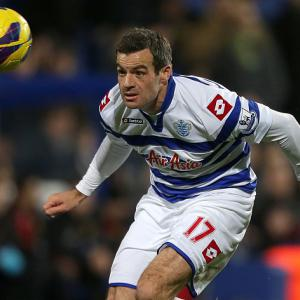 Redknapp wants to delay Nelsen exit