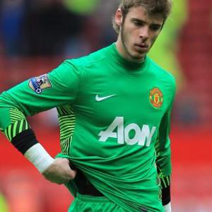 Owen backs under-fire De Gea