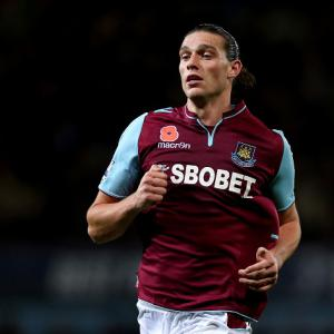 Carroll set for West Ham medical