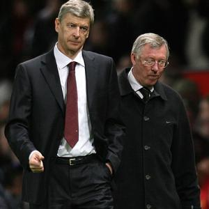 Wenger intrigued by Ferguson book