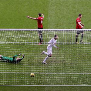 Swansea 1-1 Man Utd: Match Report
