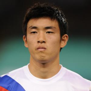 QPR swoop for Yun Suk-Young
