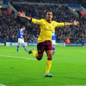 Theo Walcott eyes Arsenal first team return