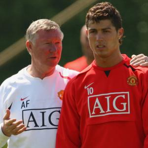 Manchester United on red alert as Ronaldo rejects new Real Madrid contract