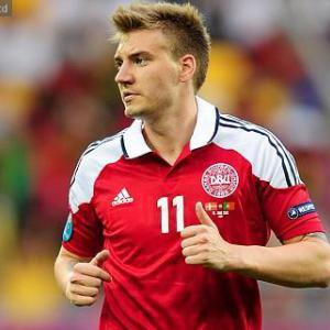 Juventus turn their attention to Bendtner
