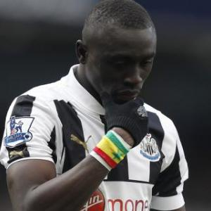 Cisse nets but Newcastle beaten by Benfica in Lisbon