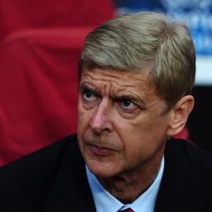 No urgency in Wenger talks