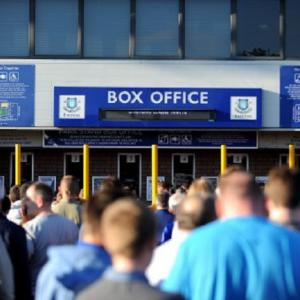 Everton record 9.1 million pound loss