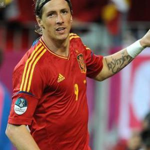 Spain sublime as Irish crash out