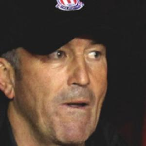 Pulis ready to face United's 'A Team'
