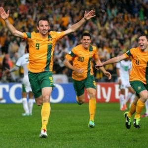 Late winner as Australia seal World Cup spot