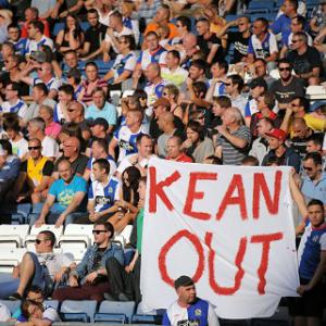 Dunn backs under-pressure Kean