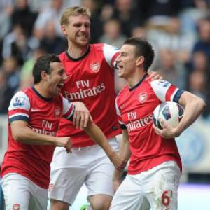 Koscielny strike sinks Magpies