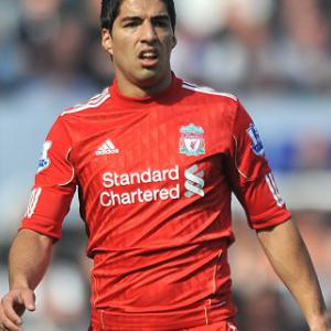Suarez reopens racism row