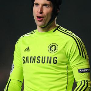 Chelsea deflated by title loss - Cech